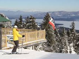 GET YOUR SKIS READY! LAKEFRONT MOUNTAIN GETAWAY! 15 MIN TO GUNSTOCK!