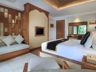 Sankara Suites & Villas (Suite with Jakuzzi 2)