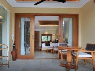 Sankara Suites & Villas (Suite with Jakuzzi 1)
