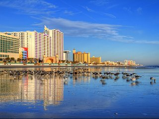 Ocean Walk Resort: Daytona's Paradise