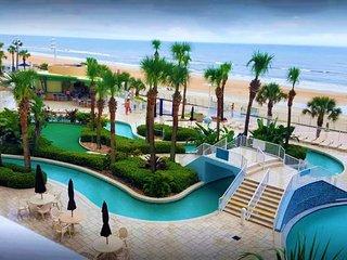 Make memories at Daytona Ocean Walk!