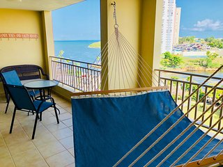 Lovely ocean view apartment with great amenities