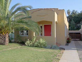 Family-Friendly Spanish Cottage in Walkable Eagle Rock- 3 Bedrooms + 2 Bathrooms