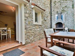 2 bedroom Villa in Zadar, Zadarska Županija, Croatia : ref 5432142