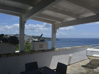 1 bedroom Apartment with Air Con and Walk to Beach & Shops - 5056357
