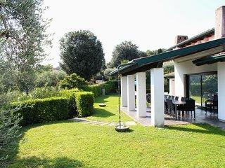 6 bedroom Villa in San Felice del Benaco, Lombardy, Italy : ref 5226901