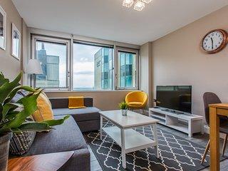 Central Brighton sea view apartment