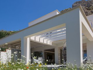 Modern Holiday Villa Luna di Mare, Trapani