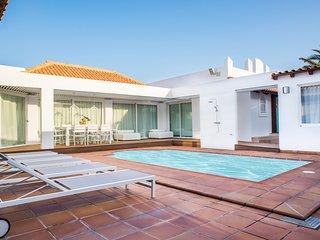 Luxury villa La Bonita en Corralejo