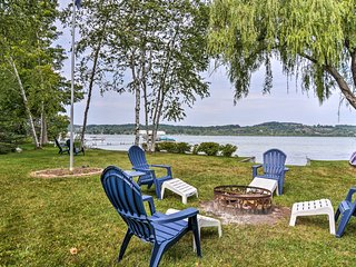 Idyllic Lake Leelanau Cottage w/Dock & Fire Pit!