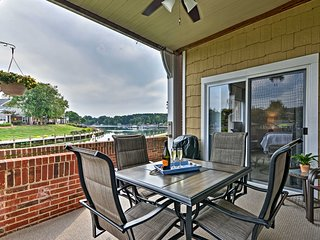 Waterfront Lake Norman First Floor Condo w/ Pool!