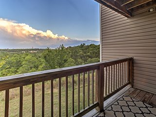 NEW! Branson Condo w/Views-4.5 Mi to Silver Dollar