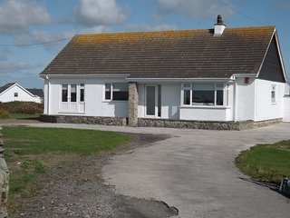 MOORSIDE, modern coastal bungalow on Ravenspoint Rd, Trearddur Bay