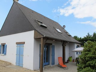 4 bedroom Villa in Hauteville-sur-Mer, Normandy, France : ref 5441983