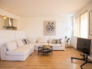 Grand Apartment Golden Chaika - 130 square meters