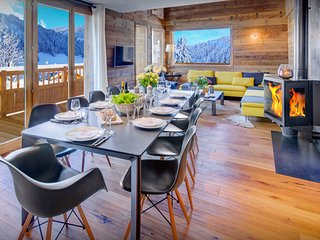 4 star chalet close to piste, ski bus and village facilities - OVO Network
