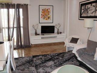 luxueux appartement meuble 03 chambres