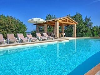 5 bedroom Villa in Gambaroncia, Tuscany, Italy - 5626425