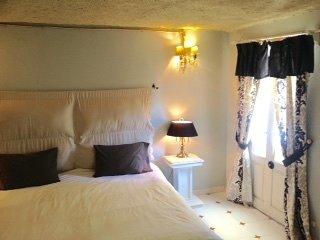 Catrinas Room, vacation rental in Santa Rosa
