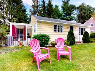 NEW LISTING! Family-friendly cottage w/screened-in porch & hammock-walk to beach