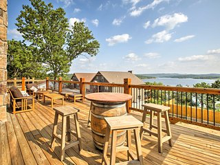 Luxury, ADA Certified Table Rock Home w/Lake Views