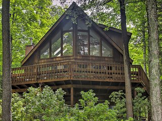 Serene Lake Ariel House w/Loft on Beaver Lake!