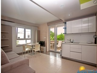 Modern apartments Central Beach B-4