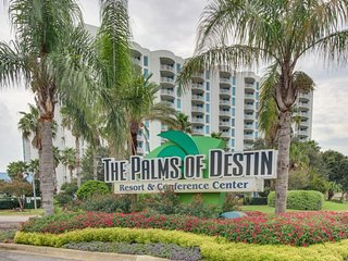 NEW LISTING! Gorgeous condo with beach views and shared pools and hot tub