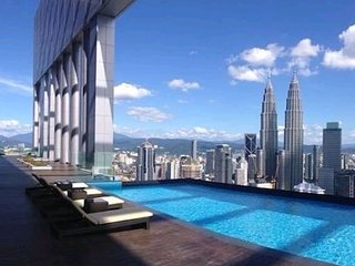 The Platinum Suites #KLCC #Amazing Sky Pool