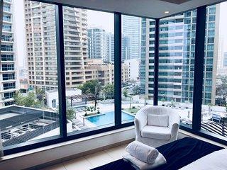 LUX | Modern Marina Living