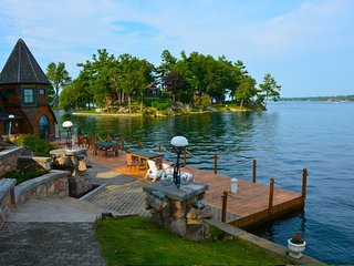 Charming Island Right on the St Lawrence River