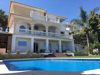 Rincon Mar y Sol Malaga - Wonderful Holiday Villa Malaga 11 pax near beach