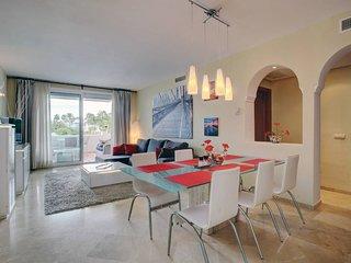 Costalita Beachfront 2BD Superior Apartment with pool view