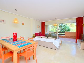 Peaceful 3 Bedrooms Apartment walking to the beach with dunes