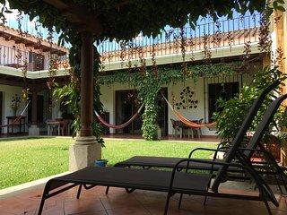 APT1 - Colonial villa with 2 bedrooms, 1 bathroom - Apartamentos los Nazarenos