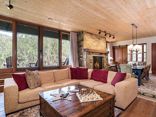 Exquisite Custom Mountain Home, Within Steps of Gold Medal Fishing Waters!