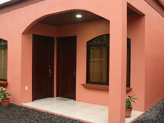Arenal Red  Family Apartment