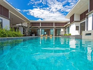 CasaBay Private Pool Seaview 6 Bedrooms