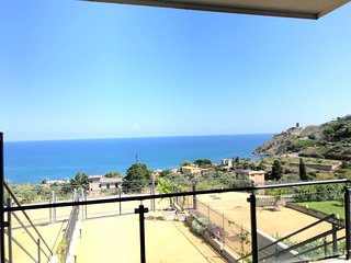 'RED LUXURY' in Borgo Guardiola near Cefalu