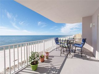 Gorgeous Gulf Front Beach Condo with Stunning View