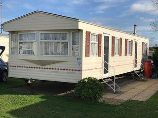 Spacious 3 bed caravan on the peaceful Norfolk coast.