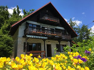 Kuca za odmor Gorski Raj / The Mountain Paradise Holiday House