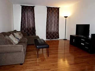 Gorgeous Spacious Central Park 2 Bedrooms