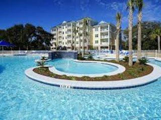 2-bedroom condo, sleeps 6 At Spinnaker Blue Water Resort