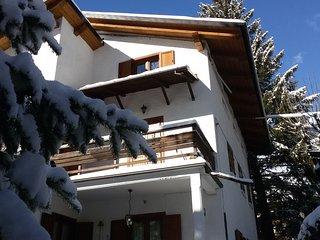 ski apartment in villa in Bardonecchia