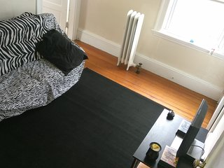 Downtown Salem Cozy 3bedroom