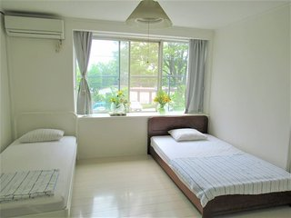 Good Location Cozy Suburb House: Room 1
