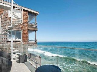 BEACH FRONT HOUSE 'MALIBU'