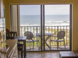 Oceanfront Condo - Beautifully Decorated - Heated Pool!