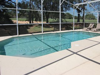 Disney/Gated Southern Dunes Golf & Country Club Villa on 17th fairway with pool